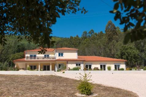 Property For Sale In Silver Coast Costa De Prata Rightmove - Portugal map silver coast
