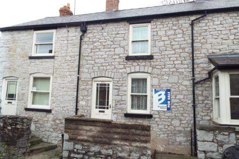 Love Lane, Denbigh, Denbighshire, LL16 3LT, North Wales - Terraced / 2 bedroom terraced house for sale / £85,000