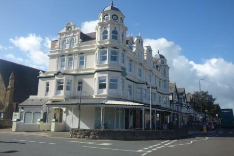 Royal Manor Park, 34 Queens Road, Llandudno, Conwy, LL30 1TE, North Wales - Flat / 2 bedroom flat for sale / £90,000