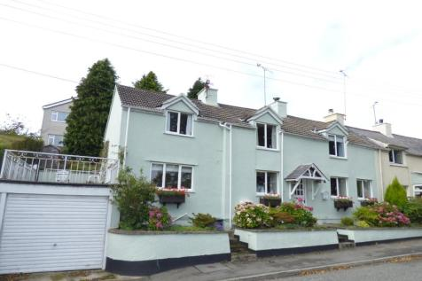 Bron Haul Cottages, Lon Ganol, Llandegfan, Anglesey, LL59 5TL, North Wales - End of Terrace / 2 bedroom end of terrace house for sale / £200,000