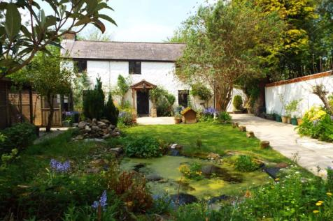 Pant Y Buarth, Gwernaffield, Mold, Flintshire, CH7, North Wales - Detached / 3 bedroom detached house for sale / £300,000