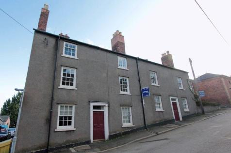 Park Street, Denbigh, LL16 3DB, North Wales - Detached / 8 bedroom detached house for sale / £150,000