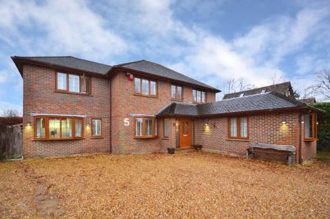 Horley  Bed Houses For Sale