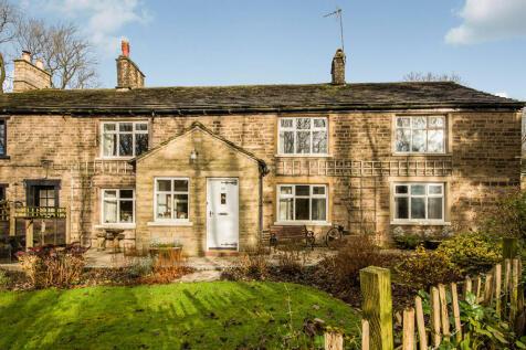 Marple Road, Charlesworth, Glossop, SK13, East Midlands - Semi-Detached / 3 bedroom semi-detached house for sale / £360,000