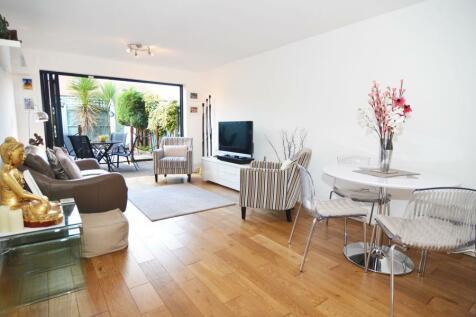 Atbara Road, Teddington, TW11, London - Terraced / 3 bedroom terraced house for sale / £725,000