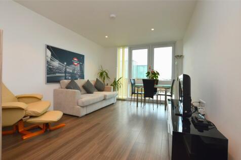 91 Bedroom Flats To Rent in London   Rightmove. London 1 Bedroom Flat Rent. Home Design Ideas