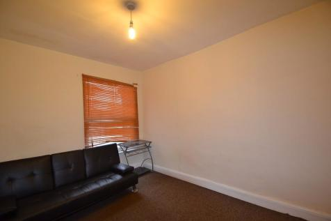 Property Image 1  Property Image 2. 2 Bedroom Flats To Rent in Dagenham  London   Rightmove