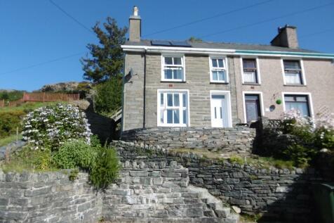 Blaenau Ffestiniog, LL41, North Wales - Semi-Detached / 2 bedroom semi-detached house for sale / £129,950
