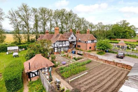 terraced houses for sale in cookham maidenhead berkshire rightmove