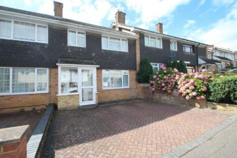 NO CHAIN! 3 BED FAMILY HOME with OFF ROAD PARKING, HP1 3NU, East of England - Terraced / 3 bedroom terraced house for sale / £315,000