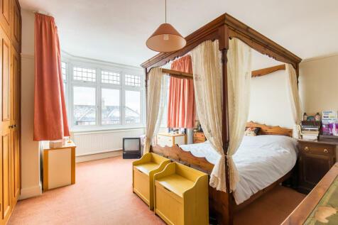 Serta foresthill eurotop queen mattress set