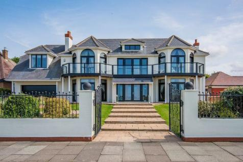 5 bedroom houses for sale in birkdale southport for Homes with 5 bedrooms for sale