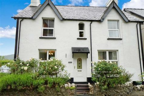 Trefriw, Conwy, LL27 0JJ, North Wales - Detached / 6 bedroom detached house for sale / £289,500