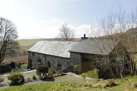 Parc, Bala, Gwynedd, North Wales - Detached / 2 bedroom detached house for sale / £265,000