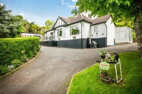 Gronant Road, Prestatyn, Clwyd, LL19 9sw, North Wales - Detached / 4 bedroom detached house for sale / £350,000