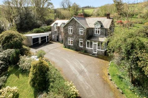 Llanwddyn, Oswestry, Shropshire, SY10 0LZ, Mid Wales - Detached / 5 bedroom detached house for sale / £400,000