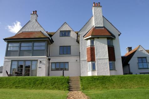5 bedroom detached house for sale, Bamburgh House, Peppard ...