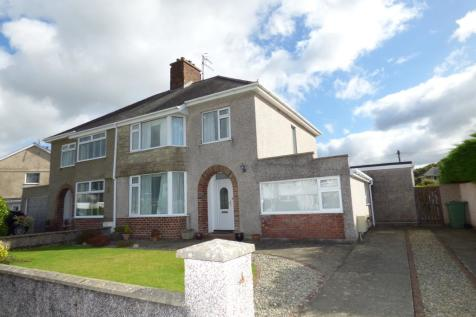 Meadow Drive, Porthmadog, Gwynedd, LL49, North Wales - Semi-Detached / 3 bedroom semi-detached house for sale / £245,000