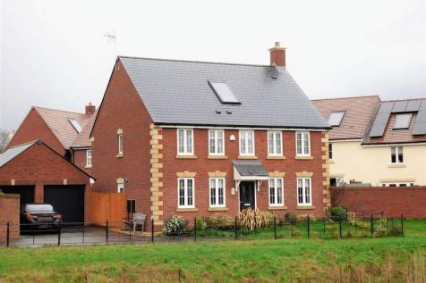 4 Bedroom Houses For Sale In Quedgeley