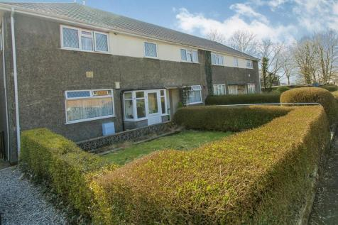 Caergynydd Road, Waunarlwydd, Swansea, SA5 4RG, South Wales - Ground Flat / 2 bedroom ground floor flat for sale / £67,500