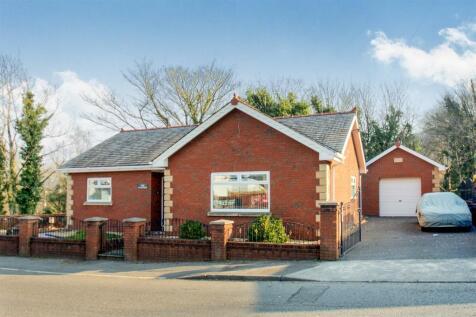 Birchgrove Road, Glais, Swansea, SA7 9EN, South Wales - Detached Bungalow / 2 bedroom detached bungalow for sale / £170,000