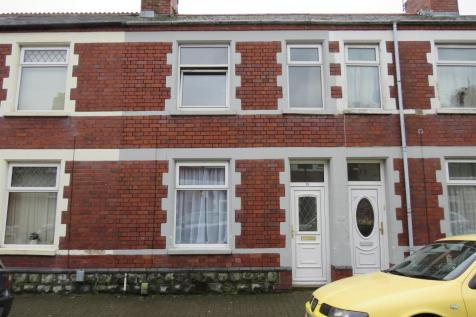 Kathleen Street, Barry, South Wales - End of Terrace / 3 bedroom end of terrace house for sale / £125,000