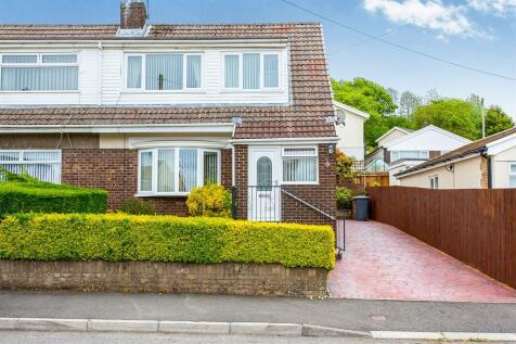 Mandeville Road, Bonnie View, Blackwood, NP12 3PH, South Wales - Semi-Detached / 3 bedroom semi-detached house for sale / £137,000