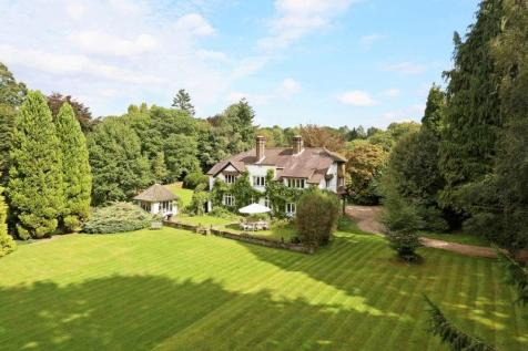 Detached Houses For Sale In Liphook Hampshire