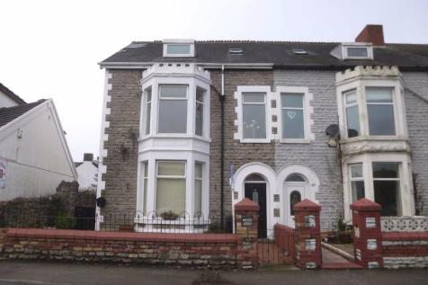 South Road, Porthcawl, South Glamorgan, Bridgend (County of), CF36, South Wales - Maisonette / 2 bedroom maisonette for sale / £157,000