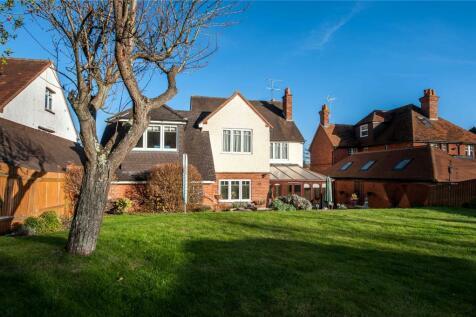 Property For Sale Near Royal Berkshire Hospital
