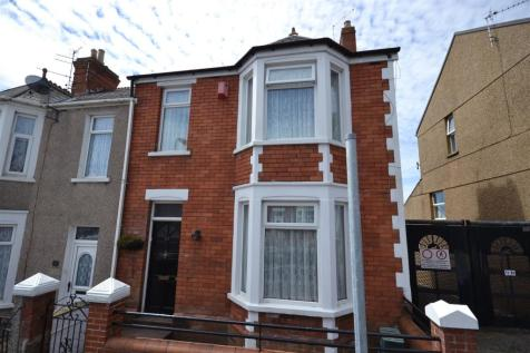 Trinity Street, Barry, CF62 7EX, South Wales - End of Terrace / 3 bedroom end of terrace house for sale / £139,950