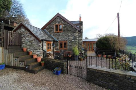 Llansilin, SY10 7PU, Mid Wales - Semi-Detached / 3 bedroom semi-detached house for sale / £350,000
