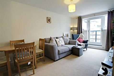 1 Bedroom Flats For Sale In Kings Langley Hertfordshire