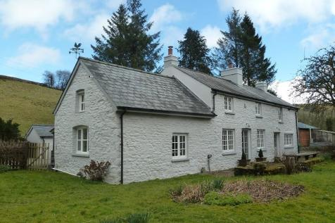 Trecastle, Brecon, Powys., Mid Wales - Smallholding / 3 bedroom smallholding for sale / £550,000