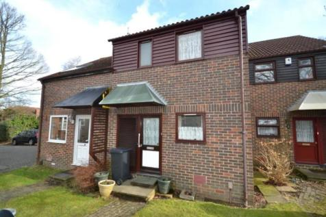 2 Bedroom Houses To Rent In Walderslade Woods Chatham Kent Rightmove