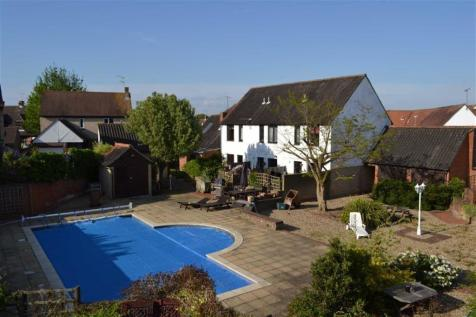 2 Bedroom Houses For Sale In South Woodham Ferrers Rightmove