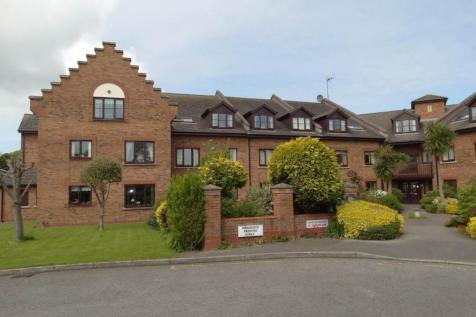 Apartment 7  Penrhyn Court, Penrhyn Bay, LL30 3EJ, North Wales - Ground Flat / 1 bedroom ground floor flat for sale / £84,950