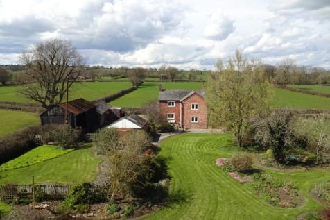 Pool Quay, Welshpool, Powys, SY21 9LJ, Mid Wales - Equestrian Facility / 4 bedroom equestrian facility for sale / £400,000