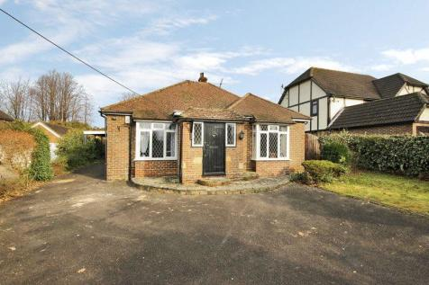 Bungalows For Sale In Copthorne Crawley West Sussex