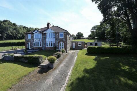 Llanrhaeadr, LL16 4PE, North Wales - Semi-Detached / 3 bedroom semi-detached house for sale / £259,950