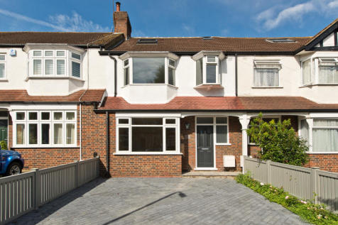 Properties for sale in morden flats houses for sale in for Morden houses for sale