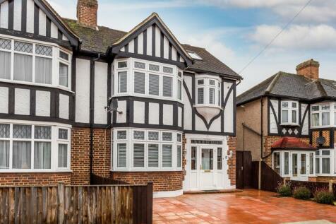 5 bedroom houses for sale in morden surrey rightmove for Morden houses for sale