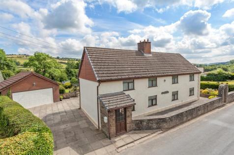 Cwmberris, Felindre, Nr Knighton, LD7 1YN, Mid Wales - Detached / 4 bedroom detached house for sale / £280,000