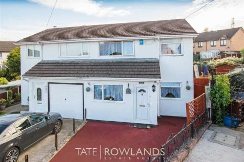 Woodland Court, Flint, CH6 5RN, North Wales - Semi-Detached / 3 bedroom semi-detached house for sale / £140,000