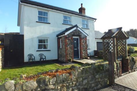 Upper Coed Cae Road, NP4, South Wales - Cottage / 3 bedroom cottage for sale / £319,995