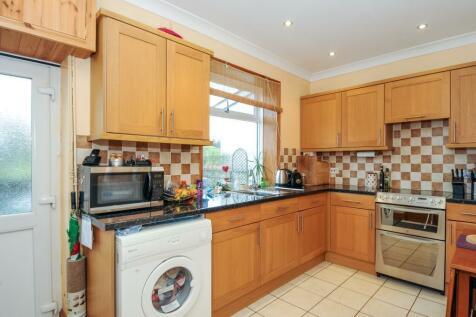 Station Terrace,Crossgates, Llandrindod Wells, LD1 6RE, Mid Wales - Cottage / 2 bedroom cottage for sale / £100,000