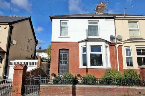 Talbot Road, Talbot Green, Pontyclun, Rhondda, Cynon, Taff. CF72 8AH, South Wales - Semi-Detached / 3 bedroom semi-detached house for sale / £149,950