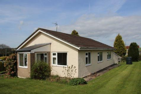 Sunnybank Farm, Earlswood, Chepstow, NP16 6AR, South Wales - Detached Bungalow / Detached bungalow for sale / £525,000