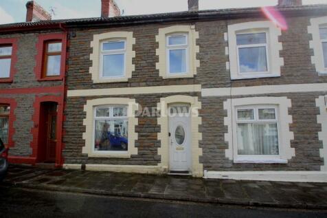 Janet street, Rhydyfelin, CF37 5RH, South Wales - Terraced / 3 bedroom terraced house for sale / £100,000