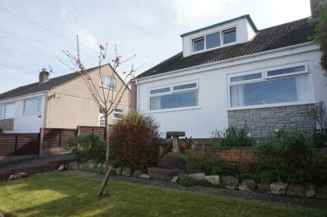 Orchard Grove, Colwyn Bay, LL28, North Wales - Semi-Detached Bungalow / 3 bedroom semi-detached bungalow for sale / £140,000
